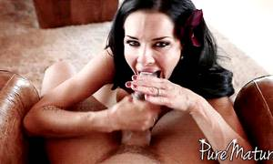 Veronica Avluv Break Time Pure Mature